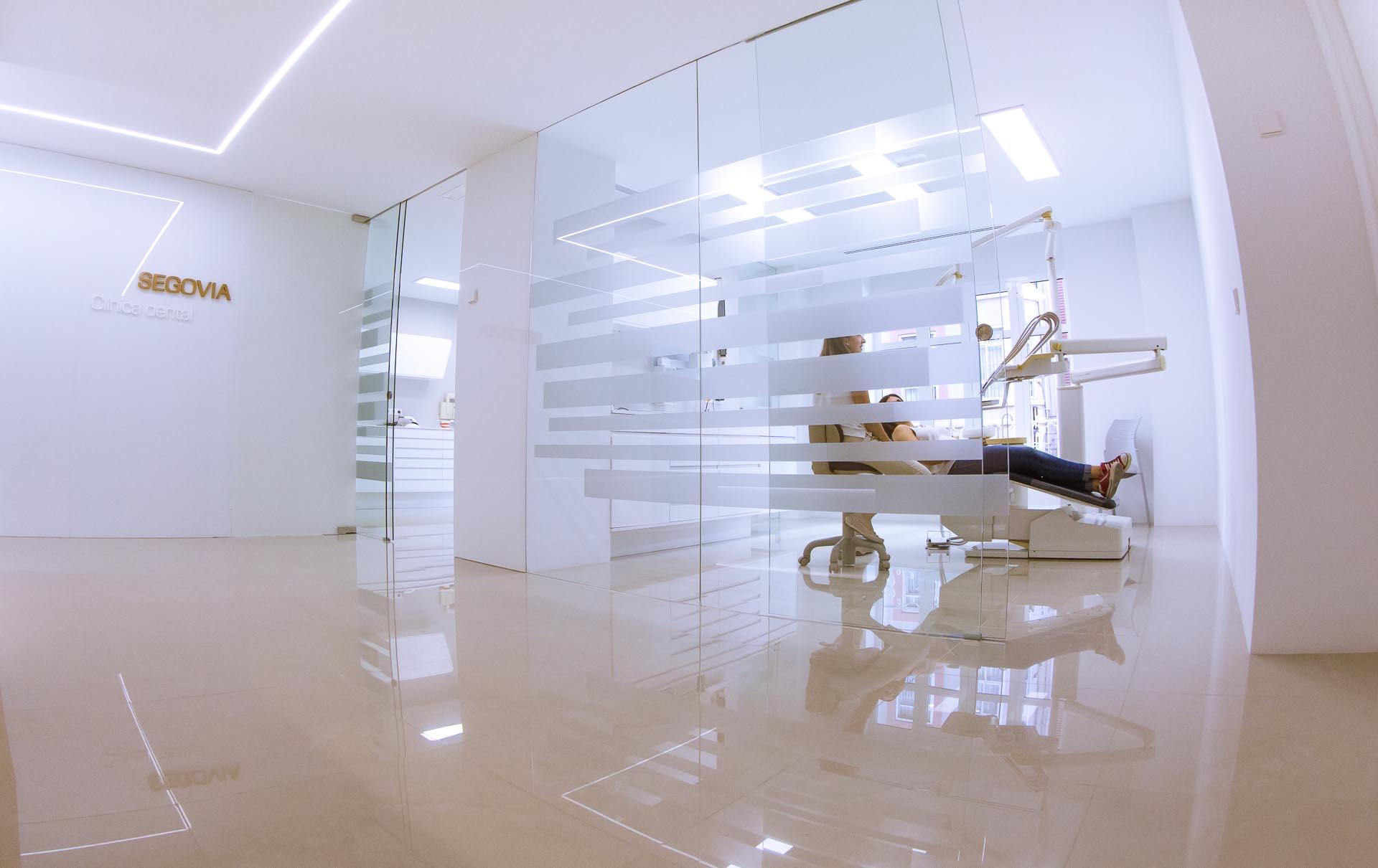 Dentista en valencia cl nica dental segovia en valencia - Clinica dental segovia ...
