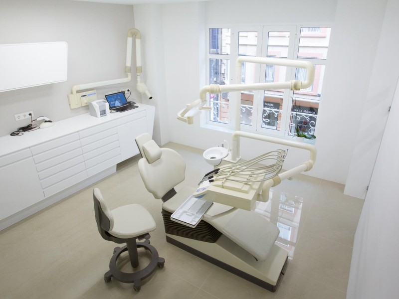DENTAL SEGOVIA DENTISTA EN VALENCIA-1-33